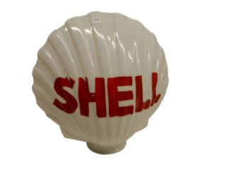 SHELL CLAMSHELL MILK GLASS GAS PUMP GLOBE