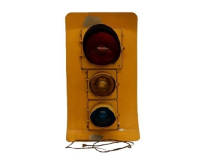 CANADIAN GE STOP LIGHT