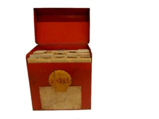 RARE SHELL SHELLUBRICATION  CAR CHART BOX