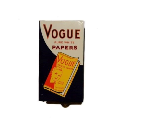 VOGUE PURE WHITE PAPERS METAL DISPENSER