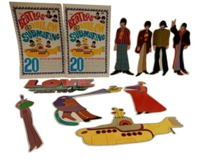 THE BEATLES YELLOW SUBMARING POP OUT DECORATIONS