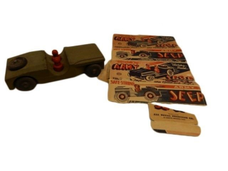 WYANDOTTE 1944 VICTORY MODEL ARMY JEEP / BOX