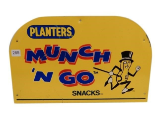 PLANTERS MUNCH 'N GO SNACKS S/S METAL RACK SIGN