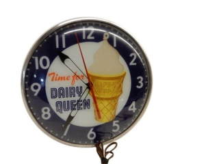 VINTAGE TIME FOR DAIRY QUEEN ELECTRIC CLOCK