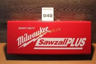 Milwaukee Heavy Duty Sawzall Plus
