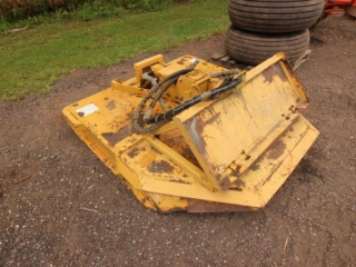 Skidloader brush mower