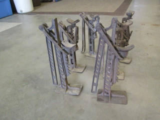(6) Antique Buggy Jacks