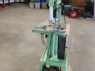 "14"" band saw on stand"