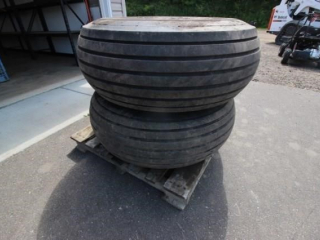 Pair of implement tires