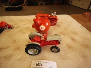 Allis Chalmers Cast-Iron Tractor +