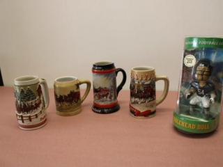 (4) Budweiser Steins + Bears Bobble Head