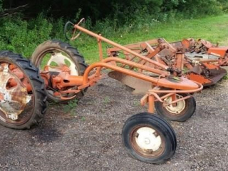 "Allis Chalmers ""G"" Tractor"