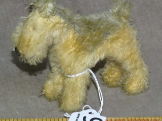 Small Vintage Steif? Stuffed Dog.