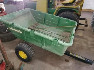 10P John Deere Cart w/ tilt