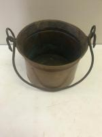 Approx 1 gallon copper bucket with formed handle