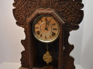 Clock with Key and Pendulum, Requires Repair *LY