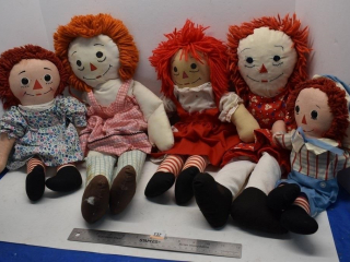 5 - Raggedy Ann Dolls *LY