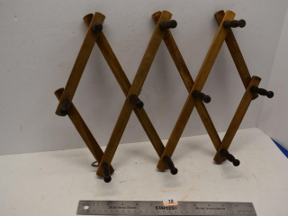 Wooden Accordion Hanging Coat Rack
