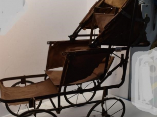 Vintage Doll carriage *LY