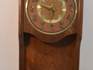Bulova Battery Operated Clock