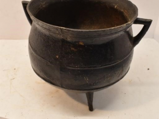 Small Cast Caldron