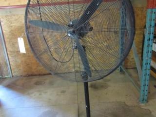30? Floor Fan