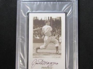 Joe DiMaggio Autographed Baseball Card