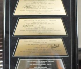 OU Heisman Trophy Plate Display