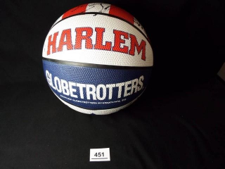 Basketball Globetrotters Signed Ball