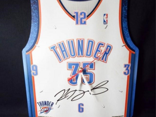 Basketball Thunder Durant Signed Clock