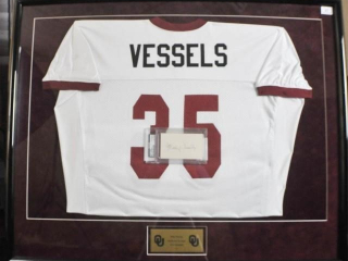 Billy Vessels Signed Jersey