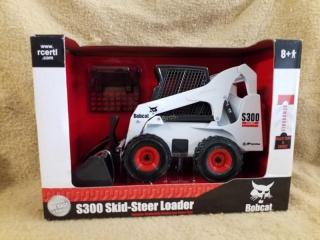 Ertl Bobcat S300 Skid Steer Loader