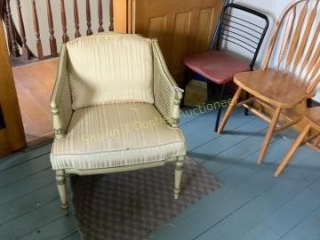 Lot of 13 chairs location 251 second floor