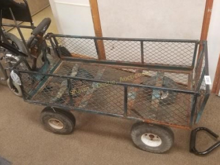 Metal wagon with pneumatic tires location Lobby