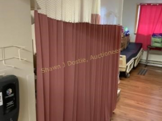 Lot of two room dividing curtains location