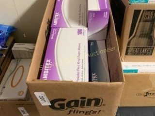Lot of 900 vinyl exam gloves size small location