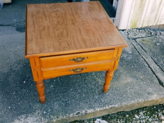 end table with laminate top
