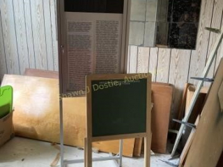 Chalkboard easel and display sign location of
