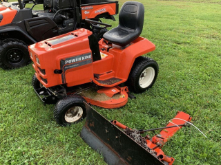 Power King 1218 Hydrostatic Lawn Tractor