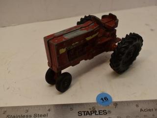 1/43 Scale ERTLE International Metal Tractor
