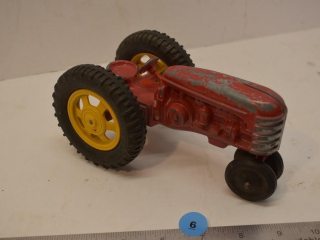 1/16 Scale Metal Toy Tractor