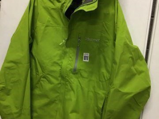 MARMOT WATERPROOF JACKET SIZE MEDIUM