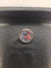14 Karat Gold American Flag Lapel Button