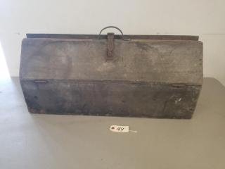 Large Primitive Tool Box