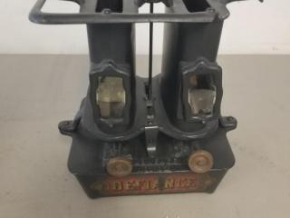 Vintage Defiance Cast Iron Oil Stove