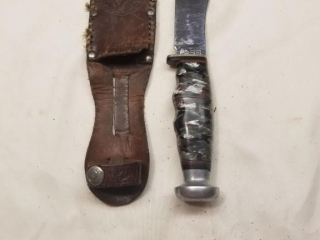 Unusual Case Skinner fixed blade knife