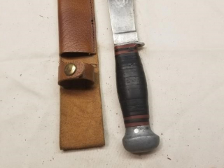 Possibly a Case fixed blade knife