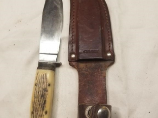 Mundial marked fixed blade knife