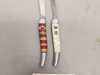 2 Vintage switch blade knives