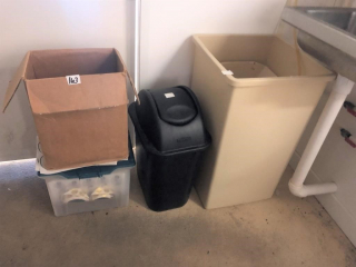 Trash Can & Label Lot
